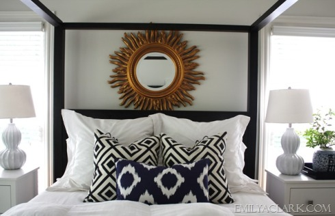 queen-bed-pillows-style